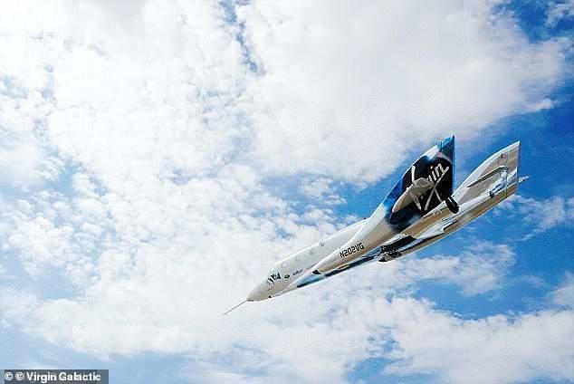 فضاپیمای ویرجین گلکتیک با موفقیت به فضا رفت و به زمین برگشت