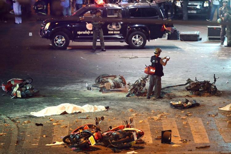 بانکوک: انفجار بمب در یک معبد 27 نفر را قربانی کرد