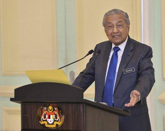 نخست وزیر مالزی: استعفا بهترین گزینه برای رئیس هنگ کنگ است