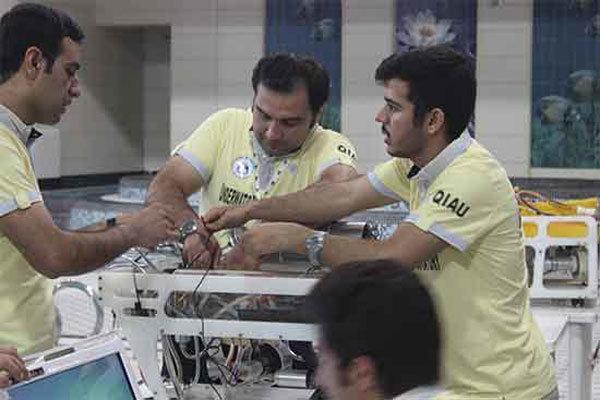 تیم ربات زیر دریایی دانشگاه آزاد اسلامی قزوین راهی کانادا می گردد