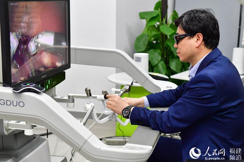 اولین عمل جراحی از راه دور 5G با حمایت هواوی در چین انجام شد