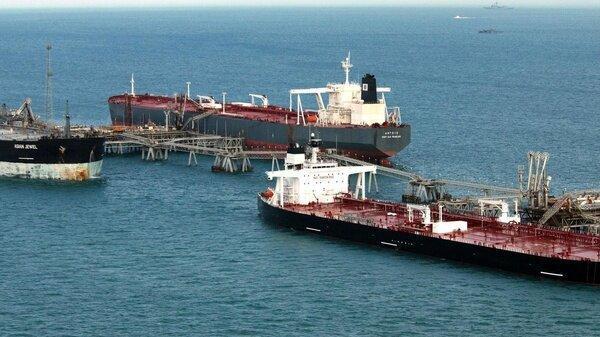 سنگاپور به نفتکش های چینی حامل نفت ایران تذکر داد