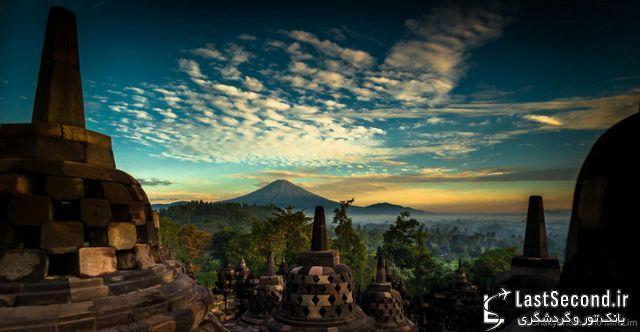 صندلی مقدس مجسمه های باستانی کشور اندونزی