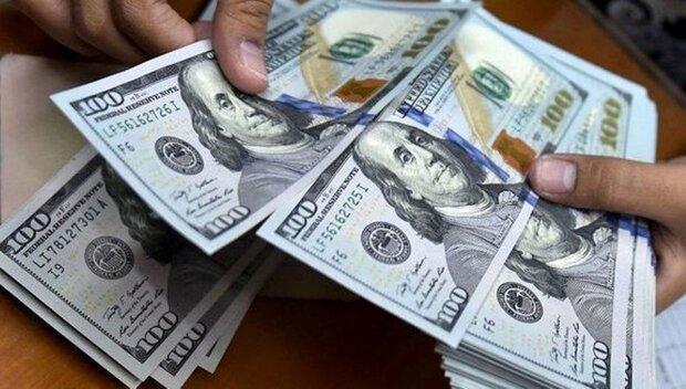 نرخ رسمی یورو و پوند کاهش یافت، قیمت دلار همچنان ثابت است