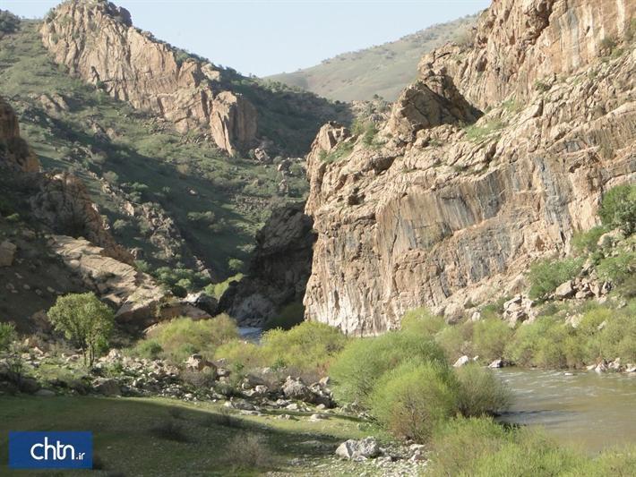 چشمه آب گرم دلفان ظرفیتی برای توسعه گردشگری سلامت در لرستان است
