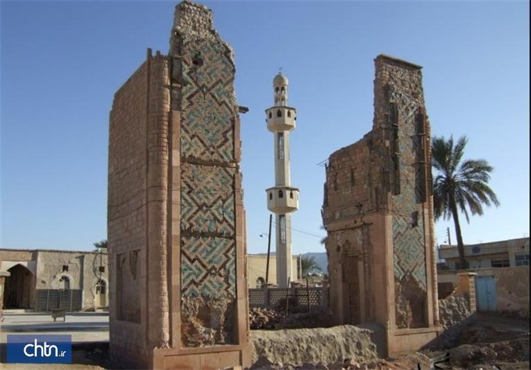 پی گردی بقای معماری سردر مسجد جامع در خنج شروع شد