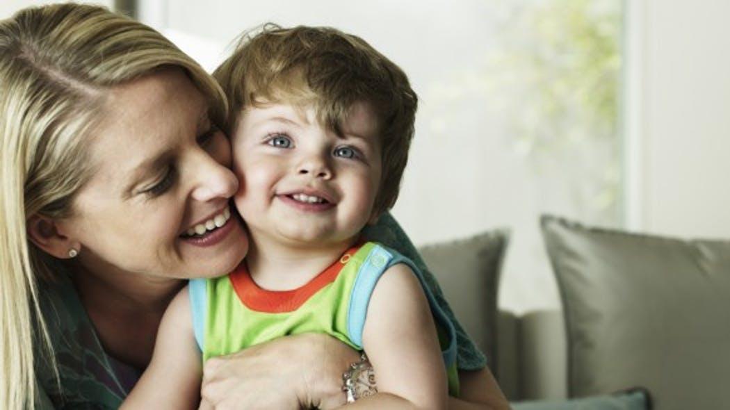 چرا پسران وابسته به مادرها و دختران سمت پدرها هستند؟