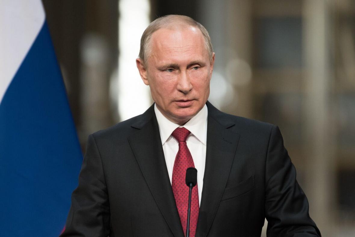 خبرنگاران پوتین ادعای دست داشتن روسیه در کشتن سربازان آمریکایی را رد کرد