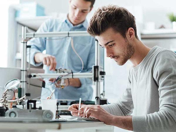 ثبت 133 اختراع ایرانی در دفاتر معتبر بین امللی