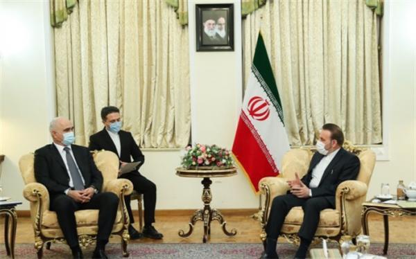 رایزنی واعظی و مصطفی اُف برای توسعه روابط ایران و آذربایجان