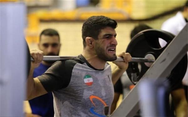 قاسم پور: انتخابی تیم ملی کشتی انگیزه ها را بالا می برد؛ تمام انگیزه ام حضور در المپیک است