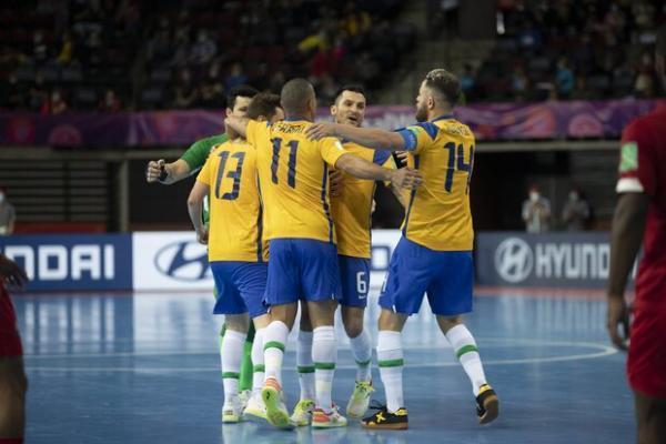 تور برزیل ارزان: پیروزی تیم ملی فوتسال برزیل مقابل ژاپن، سومین تیم آسیایی حذف شد